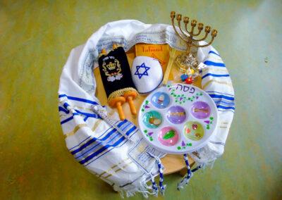 Judentums- und Islam-Kiste für das Fach Religion